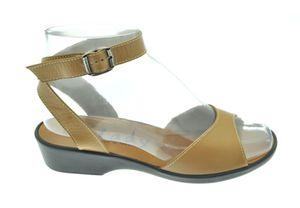 Estelle sandale attachée autour de la cheville